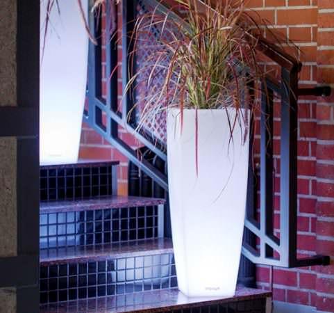 Горшок для растений с подсветкой